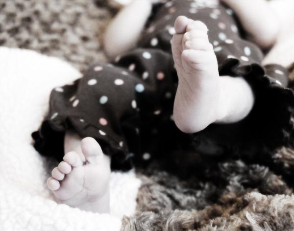 tiny-toes-2984