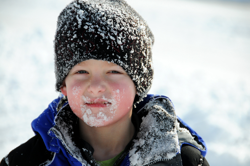 2-G-snowy-face_6479