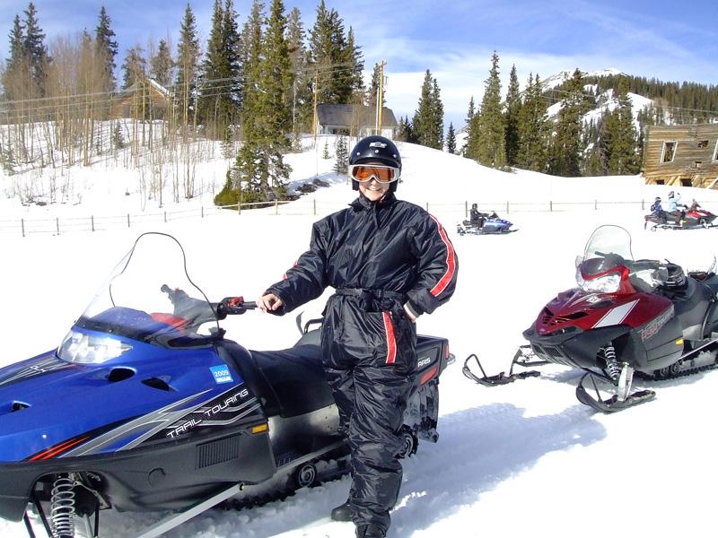 Corie-snowmobiling-suit-DSCF1975